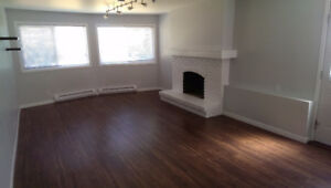 2 bedroom suite for rent (Near Uvic / Gordon head) Available now
