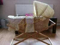 Mothercare moses basket with stand and sheets - Great Condition