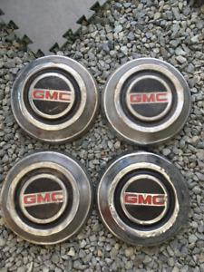 1967 GMC 1/2 ton hubcaps   C-10
