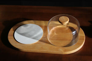 Cheese serving tray with dome