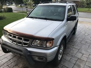 2001 Isuzu Rodeo Silver SUV, Crossover 1 Owner
