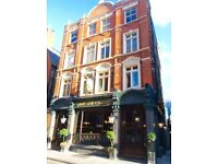 Live in bar staff required x2 in Victoria SW1
