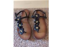 Size 3 black sandals