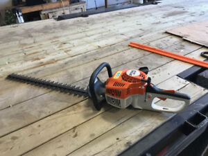 "18"" Gas Powered Hedge Trimmer - STIHL HS 45"