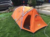 Mountaineering tent