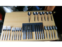Assorted cutlery set (6 pers)
