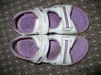 3x Clarks Girls Purple Light Up Sandals, used but in very good condition: size 8.5, 11 and 11.5.