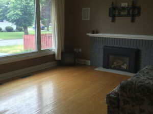 Room Rental Near SLC and Queens West Campus - AVAILABLE NOW