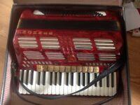 Honner 120 Bass Piano Accordian