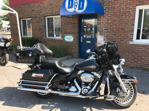 Electra Glide Classic, Immaculate Black and Chrome, Low Km's !