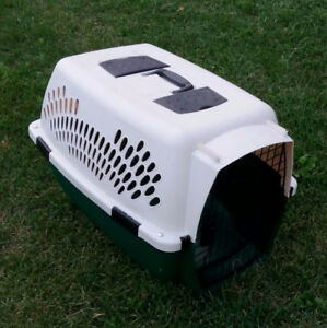 Pet cage carrier-Never used