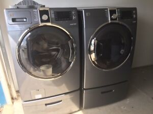 Kenmore Elite Washer and Dryer c/w Pedestals