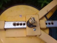 Wheel clamp for caravan/trailer/etc