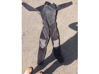 Alder 3/2 flat lock wetsuit adults small