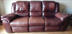LEATHER 3 SEATER SOFA RECLINER, IN VERY GOOD CONDITION – BROWN