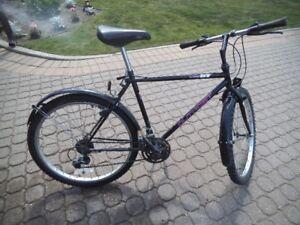 Mens 26in bike  18 speed