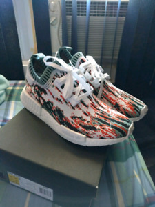Datamosh NMD. Deadstock size 10