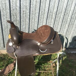 "Wintec 17"" Western Saddle"