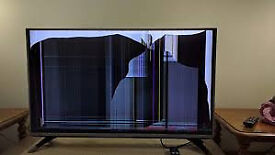 LG 43 INCH TV 4K/CRACKED SCREEN/SPARES REPAIR