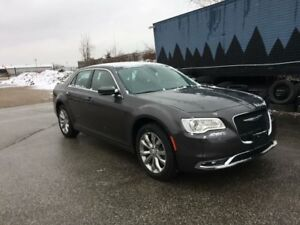 2017 Chrysler 300 Limited