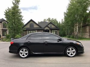 2009 Toyota Corolla XRS Sedan - Low Mileage!!