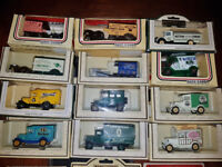 "Lledo ""Days Gone"" Diecast Collectable Model Vehicles - 36 pcs. of cars, vans and coaches (all boxed)"