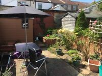 Southsea - double room with desk in shared house