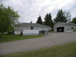 AWESOME FAMILY HOME FOR SALE....
