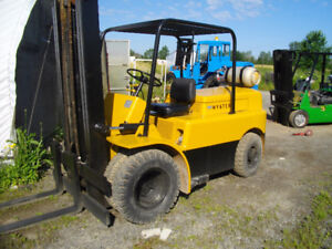 HYSTER PROPANE FORKLIFT 8000 LB DUALLY