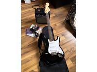 GUITAR - SQUIER AFFINITY STRATOCASTER WITH FENDER FRONTMAN 10G AMP - BLACK