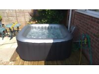 Mspa Alpine 2+2 portable hot tub with chemicals