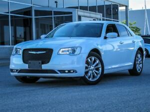 2016 Chrysler 300 AWD|Heated Leather Interior|Loaded