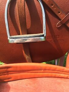 Stubben English Saddle