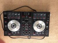 Pioneer DDJ SB Controller decks with Serato DJ intro software
