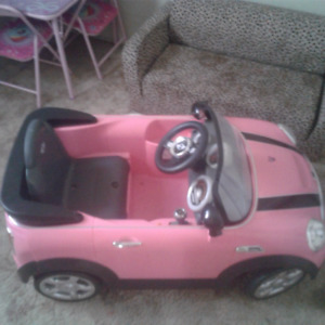 Pink mini Cooper, barely used for sale.