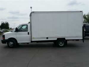 2011 Chevrolet Express 14' BOX-AUX BOX HEATER-POWER REAR GATE
