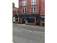 SHOP TO LET TOWN CENTRE LOCATION NO BUSINESS RATES!!!