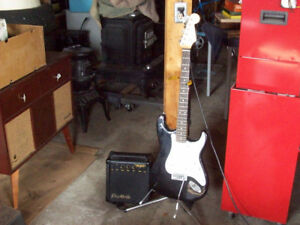 ELECTRIC GUITAR AMP & STAND