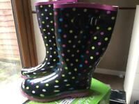 WELLINGTON BOOTS LADIES SIZE 8 BRAND NEW