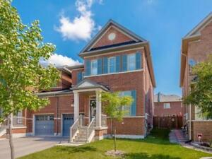 !!!!!!!!!!!!!!!!!Stunning  2700 sf Semi detached !!!!!!!!!!!!!!