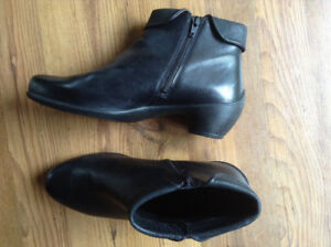 ECCO ankle boots- size 41