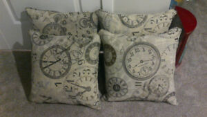 Brand new Accent Pillows (Price reduced)