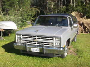 1984 Chevrolet C20 camper special Pickup Truck