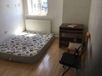 Dartford. Single room to let. Ne deposit needed. 315pcm