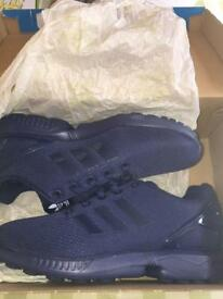 Adidas navy blue trainers (unisex)
