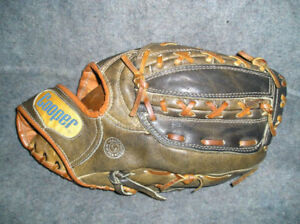 Baseball Gloves, LEFT HAND (LH)), 12 inches