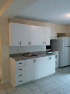 Two bedrooms, Hull downtown,new renovation