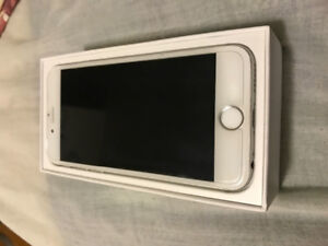 SELLING IPHONE 6 GREY 128 GB MAKE AN OFFER