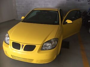 Selling 2009 Pontiac G5 2door