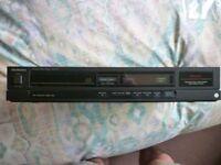 Technics SL-P111 CD Player